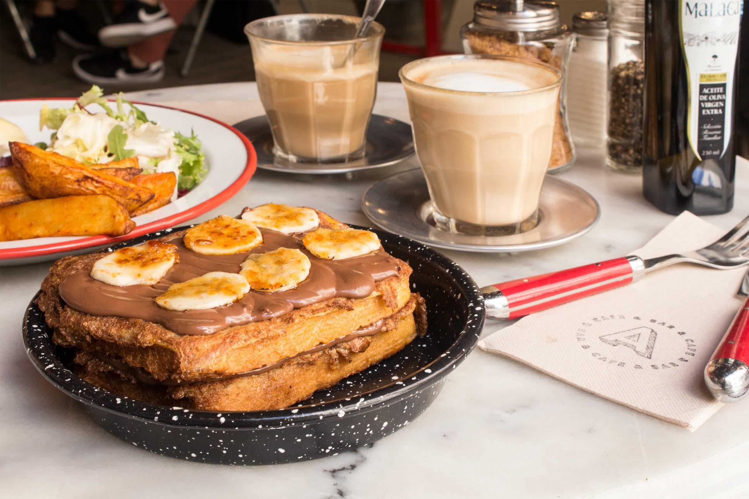 adorado-bar-el-mejor-brunch-de-lavapies-viene-de-argentina.