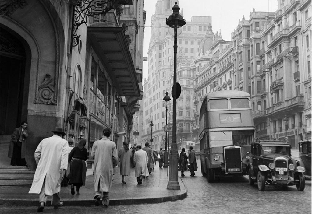 fotos-antiguas-de-madrid:-gran-via,-1954